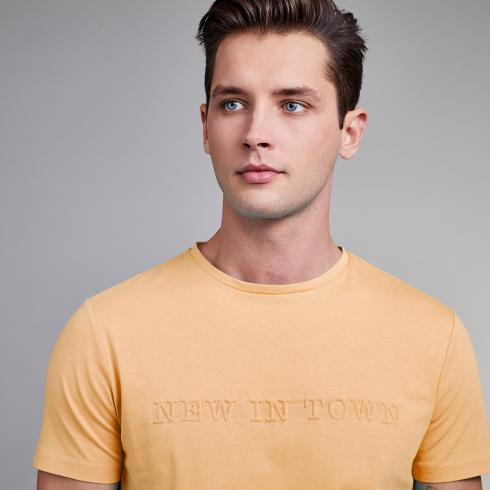 T-Shirt mit 3D-Logo TRUE ORANGE | L