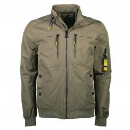 Outdoorblouson in sportiver Optik